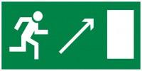 Знак безопасности «Направление к эвакуационному выходу направо вверх»